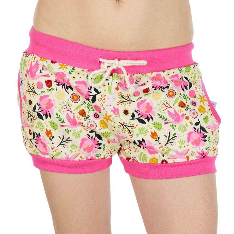 Woman-Shorts PeaceAndSpring