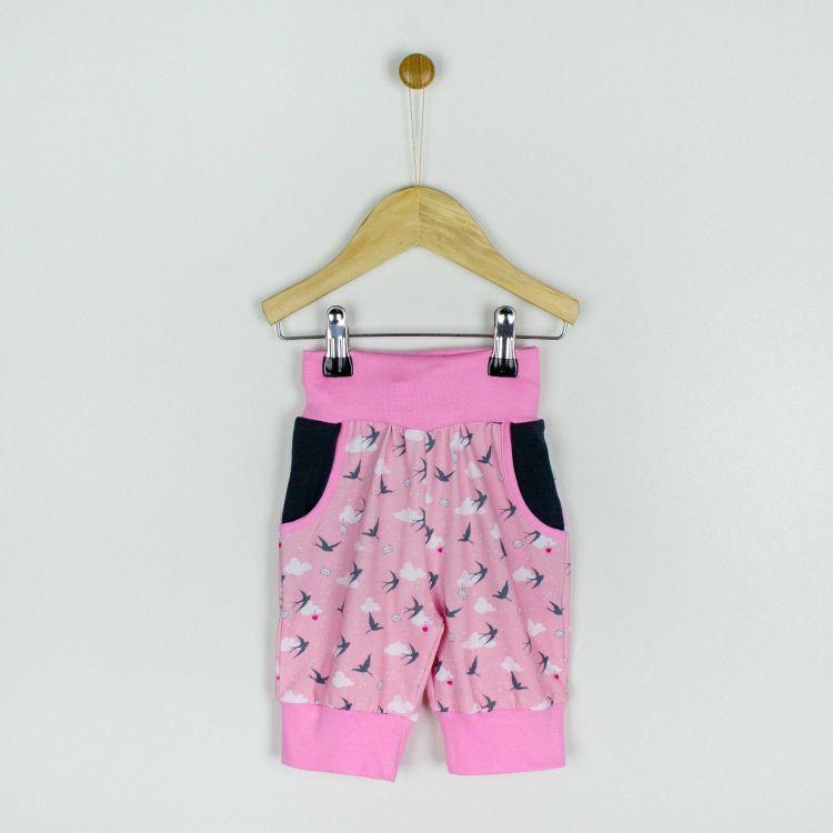 Caprihose LovelySwallows-Pink