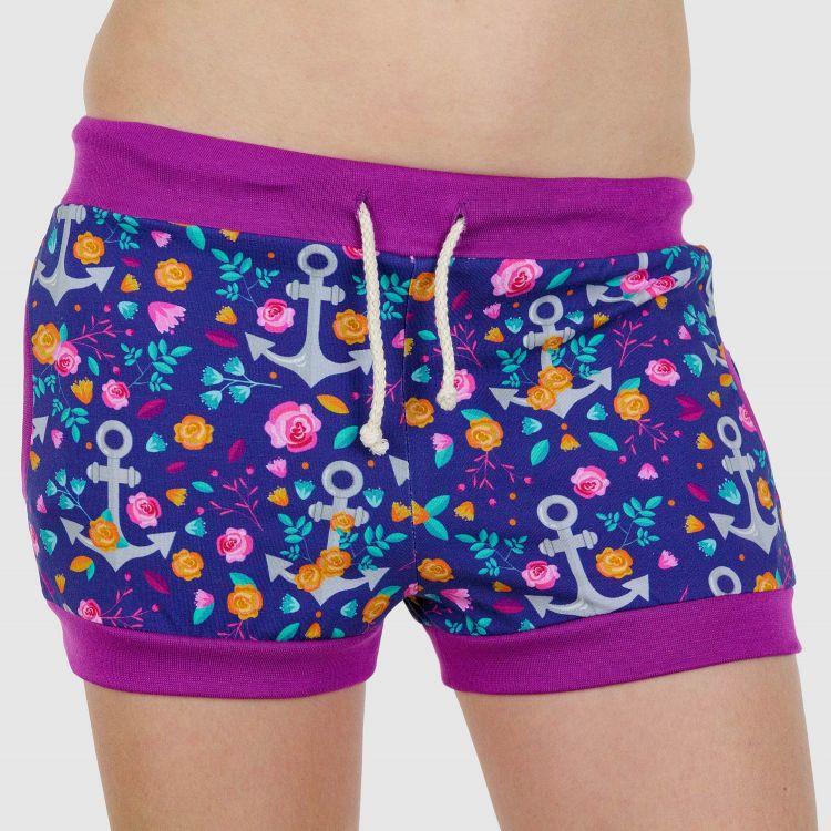Woman-Shorts RosesAndAnchors