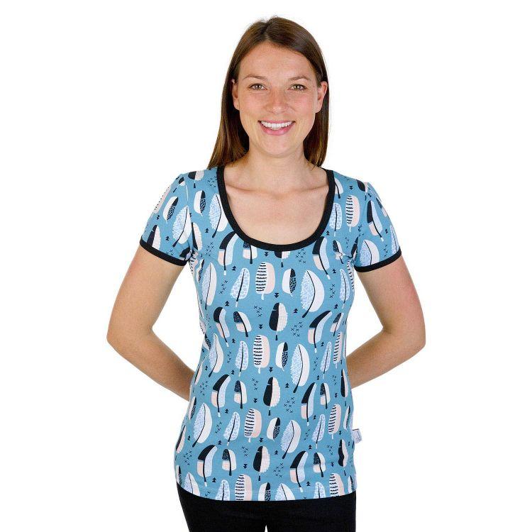 Woman-Shirt FeathersEverywhere